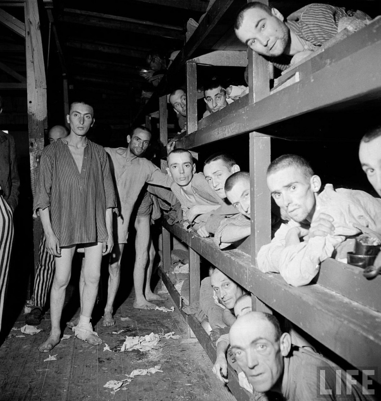 1945 - Buchenwald quarto