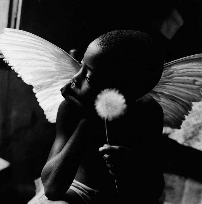 Menino-anjo, 1963 Foto: Maureen Bisilliat/Acervo Instituto Moreira Salles