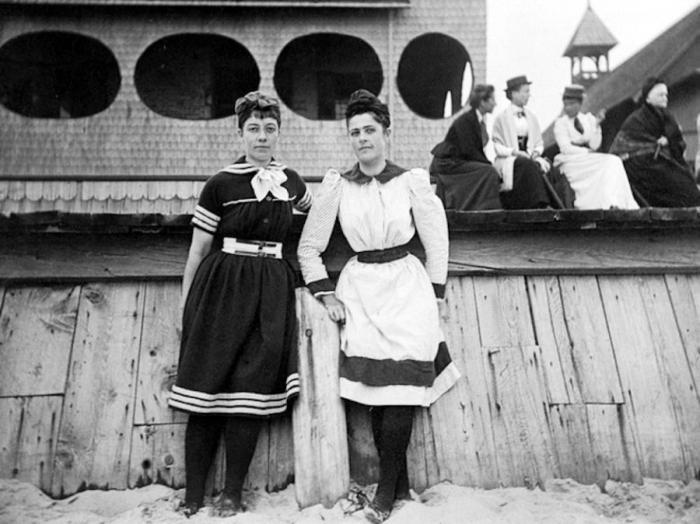 Beach_1893
