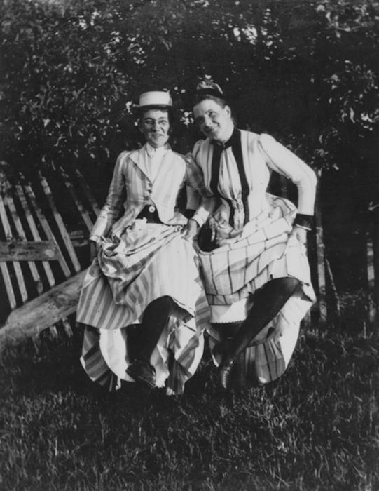 Dancing 1890