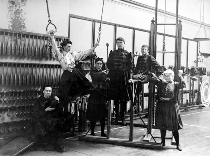 Gymnastics_1893