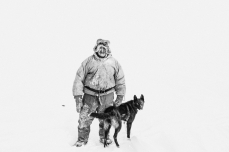 2013-11-21, Nikolay (a fisherman) with his dog. The Lake Macka, Nizhnekolymsky District, the Sakha Republic.
